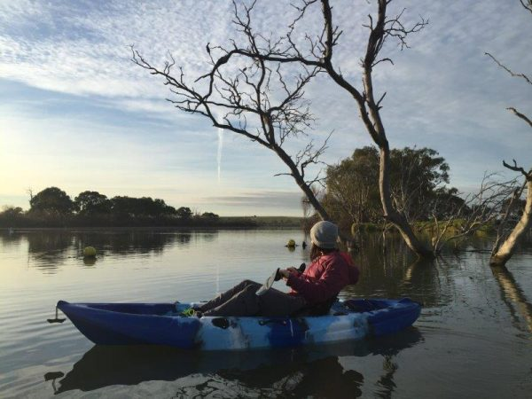 kayaking-on-the-murray-river-as-the-sun-sets